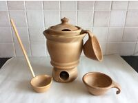 Beautiful terracotta fondue set with 6 bowls