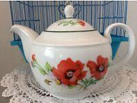 "Royal Worcester ""Poppies"" Bone China Tea Pot."