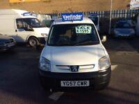 Peugeot partner 1.6 turbo diesel new m o t, £1595 no vat.