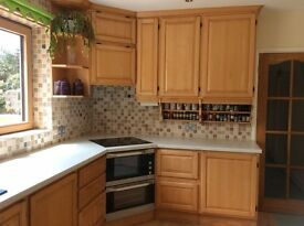 Second Hand Winchmore Kitchen units and appliances