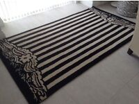 Beautiful quality contemporary rug from Habitat - Size 140 x 246 - cream and black striped and cream