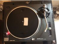 Technics 1210mk2 turntable . No offers . Calls only .