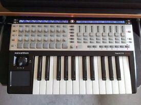 Novation Remote 25 SL Midi Controller Keyboard