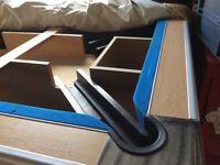 Pool table - American slate bed
