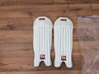 SM men's wicketkeeping pads