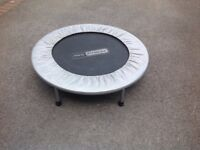 Small fitness trampoline
