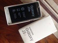 White Samsung J3 Mobile Phone - Cracked Screen