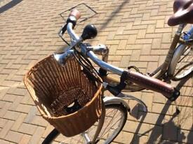 LANDROVER Ladies Bicycle - VGC
