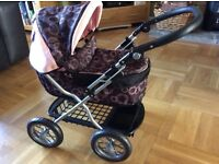 Silver Cross Dolls Pram and matching bag