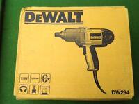 DEWALT 3/4 IMPACT WRENCH - NEW