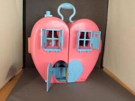 Tatty Teddy Heart House