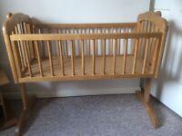 Good quality swing crib with brand new mattress
