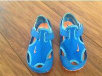 Blue Nike sunray sandals size 8.5