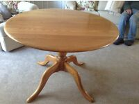 ERCOL CHESTER ROUND TABLE