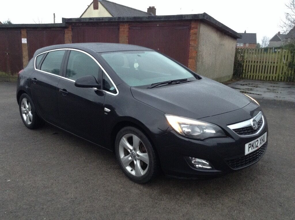 2012 vauxhall astra sri 1 7 cdti 108 black priced to sell no offers in wrexham gumtree. Black Bedroom Furniture Sets. Home Design Ideas