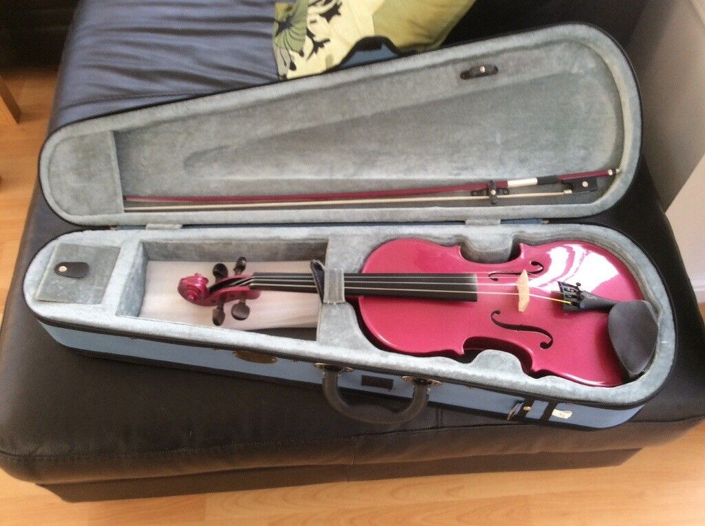 Stentor pink harlequin 4/4 violin + music stand + couple of beginners books