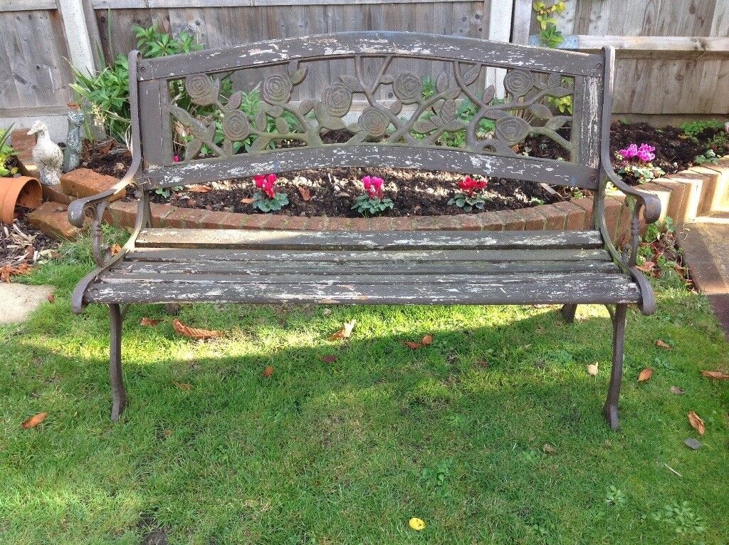 Tremendous Cast Iron And Wooden Garden Bench Needs Repainting Or Staining In Gosport Hampshire Gumtree Bralicious Painted Fabric Chair Ideas Braliciousco