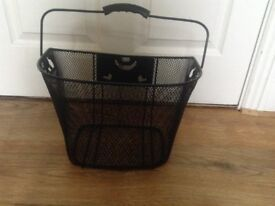Bicycle Basket Black metal mesh with carry handle - as new excellent condition - bargain