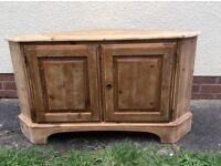 Pine Ducal corner TV cabinet