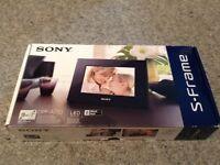 """Sony 7"""" Digital Photo Frame: S-FRAME DPF-A710"""