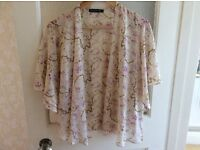Floaty chiffon ladies size 8 top collect from Sprowston or meet at Riverside