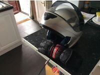 Motorcycle helmet with gloves