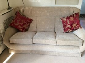 3 seater settee & 3 armchairs
