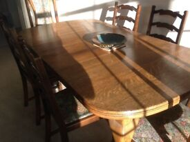 Antique Oak Dining Table - Extends