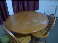 Round table and 4 Chairs £10