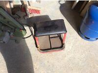 Mechanics stool