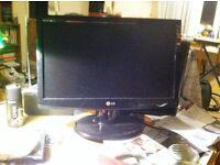 LG Flatron Monitor. Model No: W1943SB. 19 inch