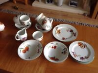 Assorted royal Worcester Evesham Vale china all in excellent condition