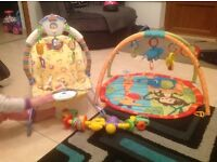 Baby vibrating bouncer and play mat