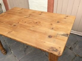 Solid pine kitchen table
