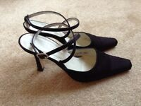 Ladies Black L.K. Bennett Sandals - Size 5.5