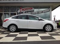 2014 Ford Focus SE Heated seats