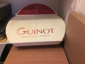 Guinot facial machine