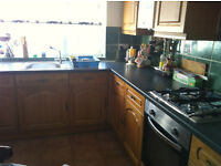 3 Bedroom house available now! Holly Brow, B29 4LX