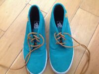 Suede Vans Green size 9 worn once