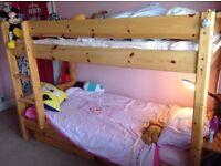 Solid pine 'ThukaMaxi' bunk beds / 2 single beds