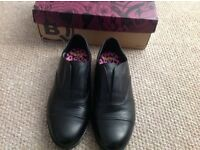 Brand new Clarks girls shoes size 3