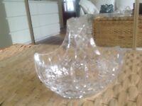 pretty crystal bowl/basket