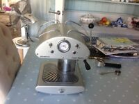 LOVELY RETRO COFFEE MAKER MACHINE IN V GOOD CONDITION WORKING WELL, NO SPACE , MOVED TO SMALL. HOUSE