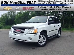 2008 GMC Envoy SLE..Sunroof..Low KM's..Excellent Condition!!