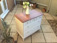 Stunning Stag Chest of Drawers/Dresser