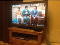 40 inch Sony Bravia smart Tv. Great for gaming and movies