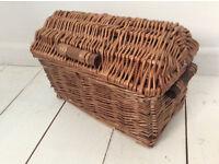 Small Wicker Storage Basket With Lid