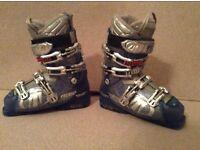 Ladies Technica Vento8 ski boots size 6 (24-24.5)