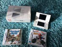 Ninetendo ds lite white two games console and box