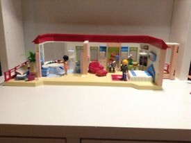 Complete Playmobil summer fun luxury hotel suite (second hand).